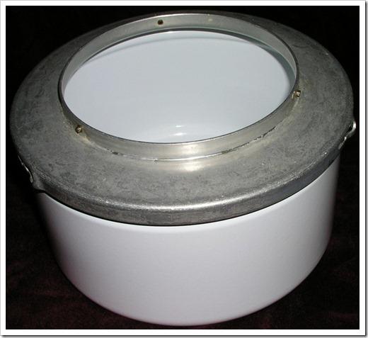 vintage-bosch-universal-model1-mixer-1